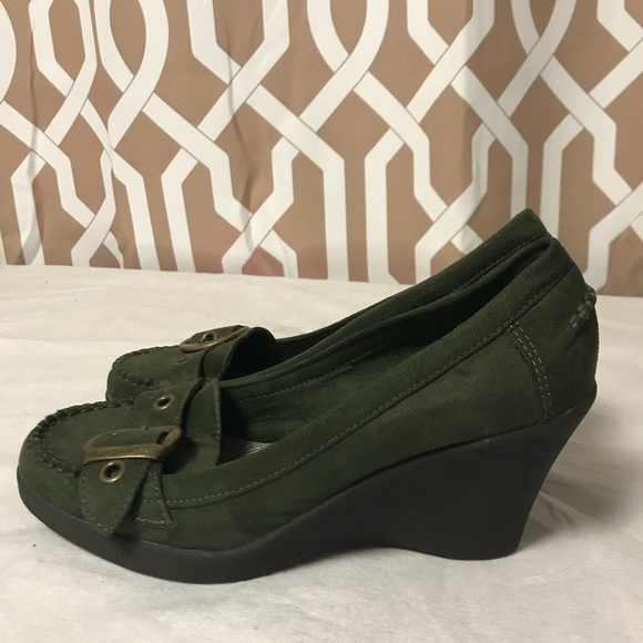 41189147267 American Eagle Outfitters Shoes - American Eagles Wedges Sz 8